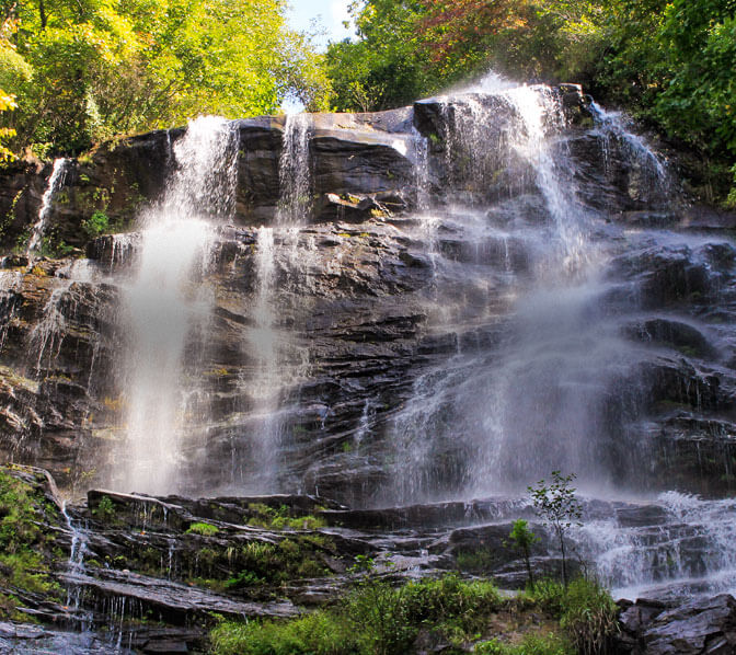 https://www.amicalolafallslodge.com/wp-content/uploads/2015/09/Amicalola-Falls-Adventure-Lodge-GA-State-Park-Area-Attractions-2.jpg